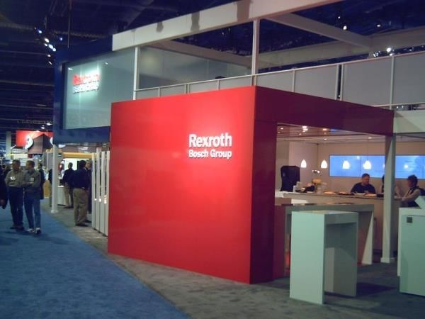 MOD015 - Custom Trade Show Exhibit for Manufacturing